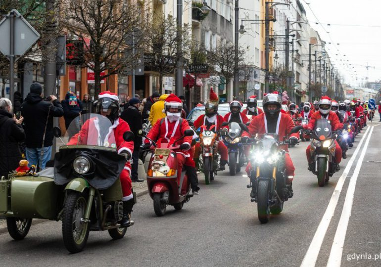 Gdynia: W tym roku bez kultowej parady Mikołajów