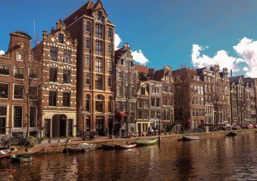 Holandia: Najniższa liczba chorych na koronawirusa od września 2020 r.