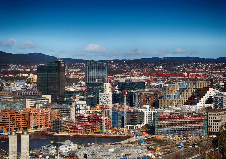 Norwegia: Rząd poluzuje część surowych restrykcji w regionie Oslo
