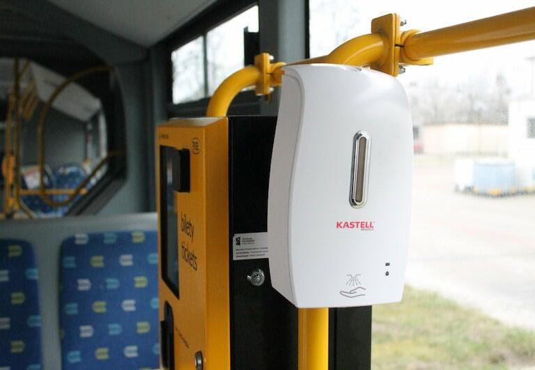 Dozowniki do dezynfekcji rąk pojawią się w gdańskich autobusach i tramwajach