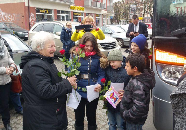 """Gdynia: """"Dzieci mówią do mnie babciu"""" - fundacja Sylwii Karłowskiej"""