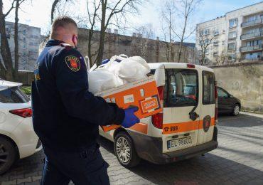 Łódź: MOPS i Straż Miejska dowożą obiady do domów seniorów