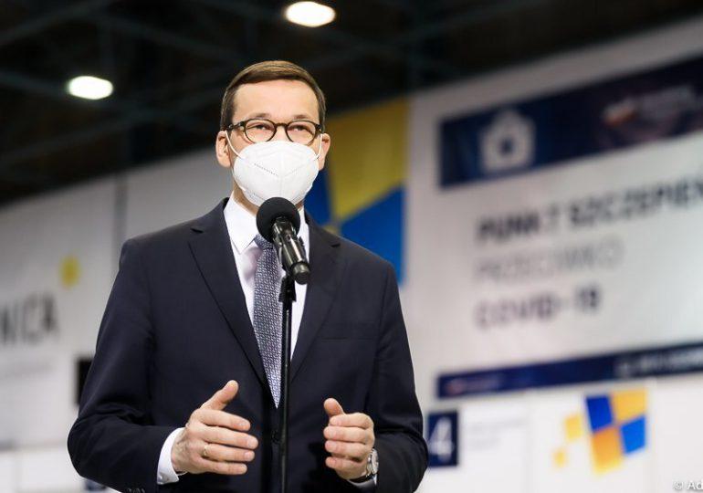 Morawiecki: Chcemy, aby od 10 maja każdy dorosły obywatel mógł zapisać się na szczepienie