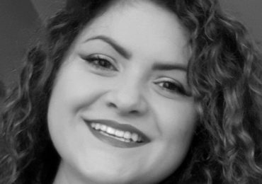Wrocław: Zmarła na COVID-19, osierociła dwie córki. Znajomi zorganizowali zbiórkę dla rodziny