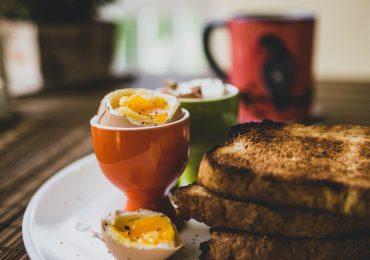 """Dietetyk: Tradycyjne potrawy wielkanocne to prawdziwa """"bomba białkowa"""""""