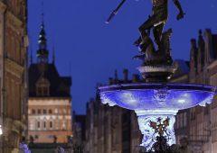 Gdański Neptun na niebiesko w Światowy Dzień Nadciśnienia Płucnego
