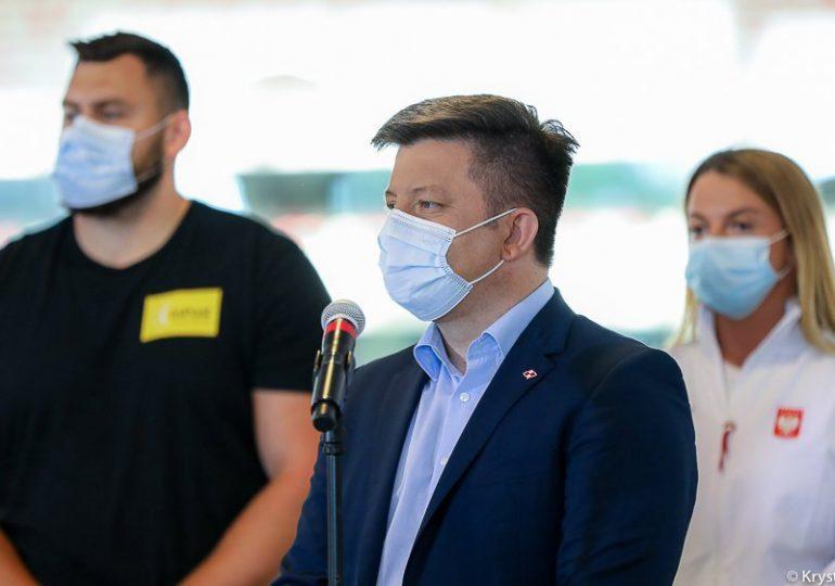 """Dworczyk: Kampania zachęcająca do szczepień """"Ostatnia prosta"""" oparta na sportowcach"""