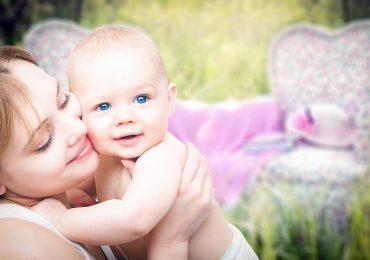 Co czwarty rodzic permanentnie udostępnia informacje o swoich dzieciach