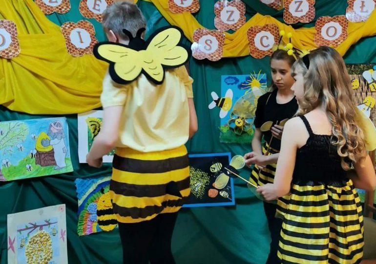 Młodzi Przyjaciele Pszczół