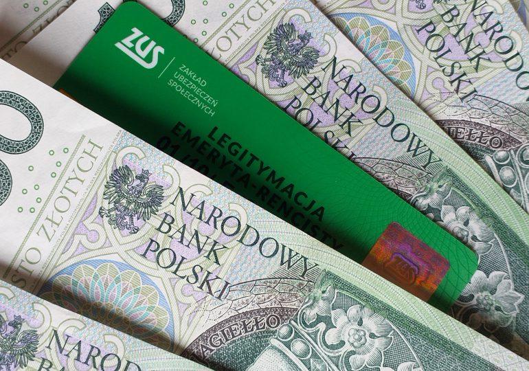 Od dziś wyższe limity dorabiania do emerytury i renty