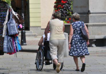 Toruń: Ruszyła wypożyczalnia sprzętu rehabilitacyjnego