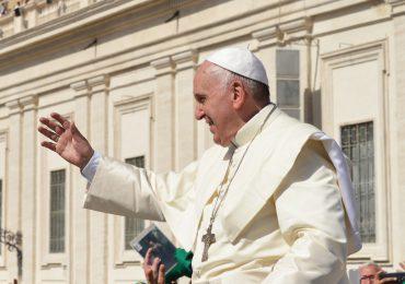 Papież: W imię Boże proszę o dostęp wszystkich do szczepionek