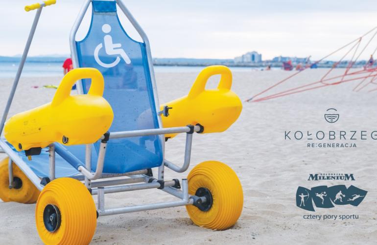 W Kołobrzegu osoby z niepełnosprawnością mogą już zażyć kąpieli morskich