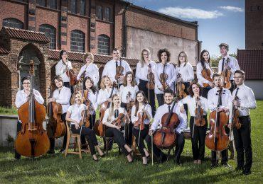 Z Mozartem na płycie i na koncercie. Wrzesień w wykonaniu EOK