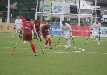 Hiszpanie w półfinale
