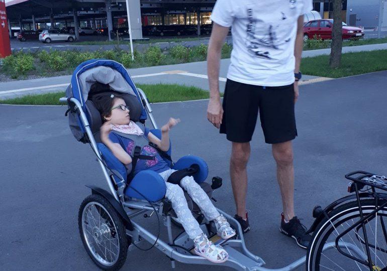 Pomóżmy niepełnosprawnej Julce, aby żyło jej się lepiej