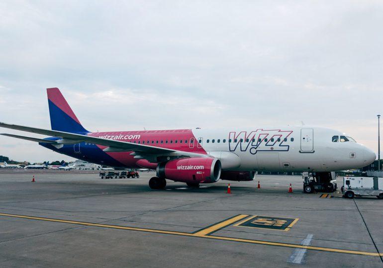 Wizz Air: Od grudnia obowiązkowe szczepienia przeciw COVID-19 dla załóg