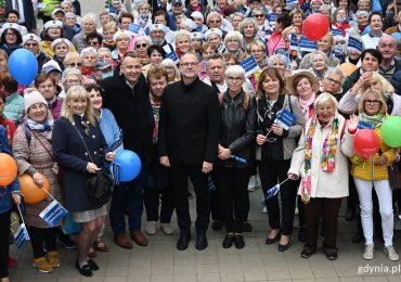 Gdynia: Przemarsz gdyńskich seniorów